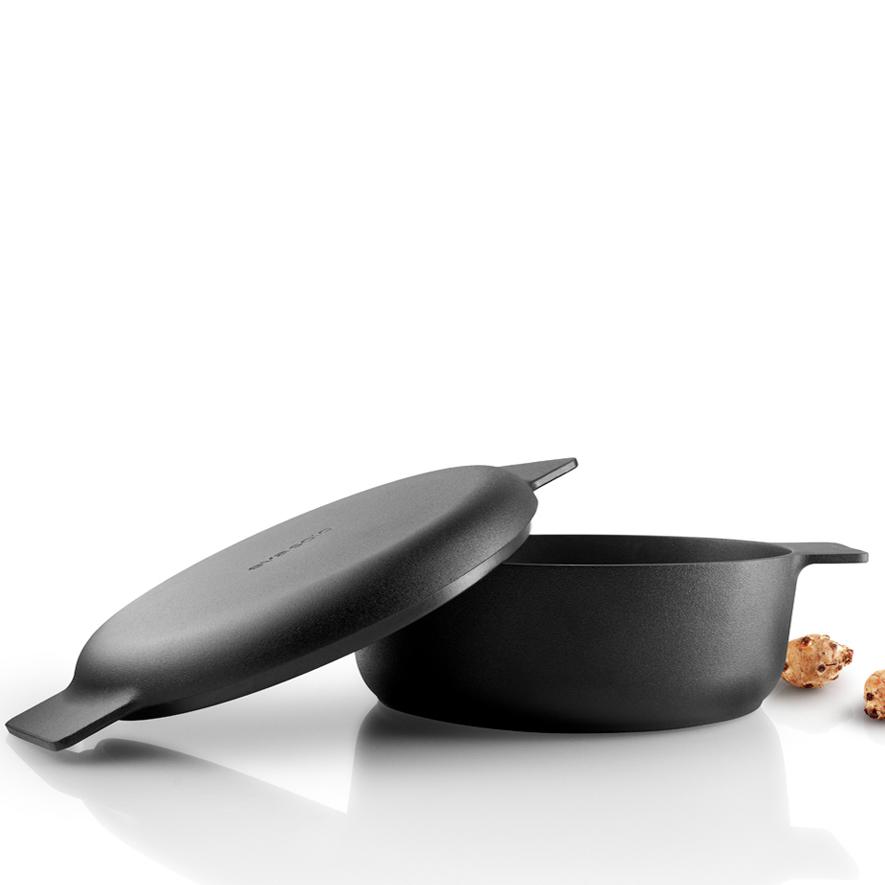 nordic kitchen saute pot